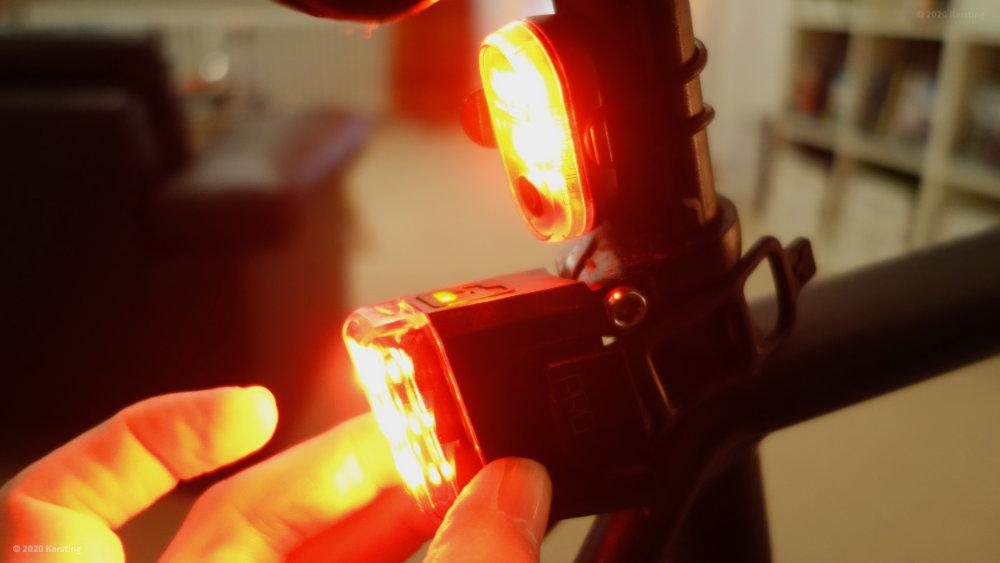Größenvergleich LED-Rückleuchten alt gegen neu