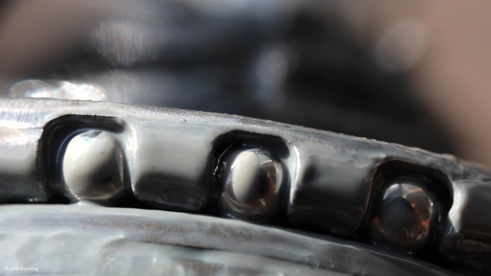 Shimano Nexus ball bearing on the drive side of the pinion