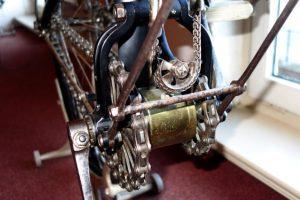 Zweigangschaltung mit zwei Kettenübersetzungen über Tretlagergetriebe