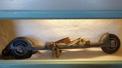 Antiker Rollschuh