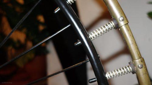 Gefederte Metallreifen aus messing