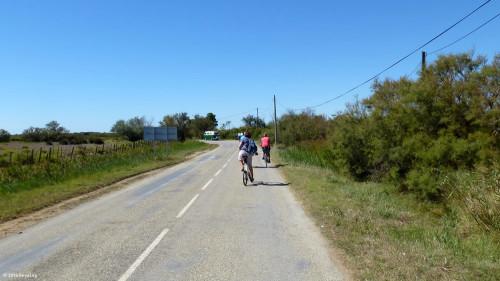 Radtour auf leeren Straßen