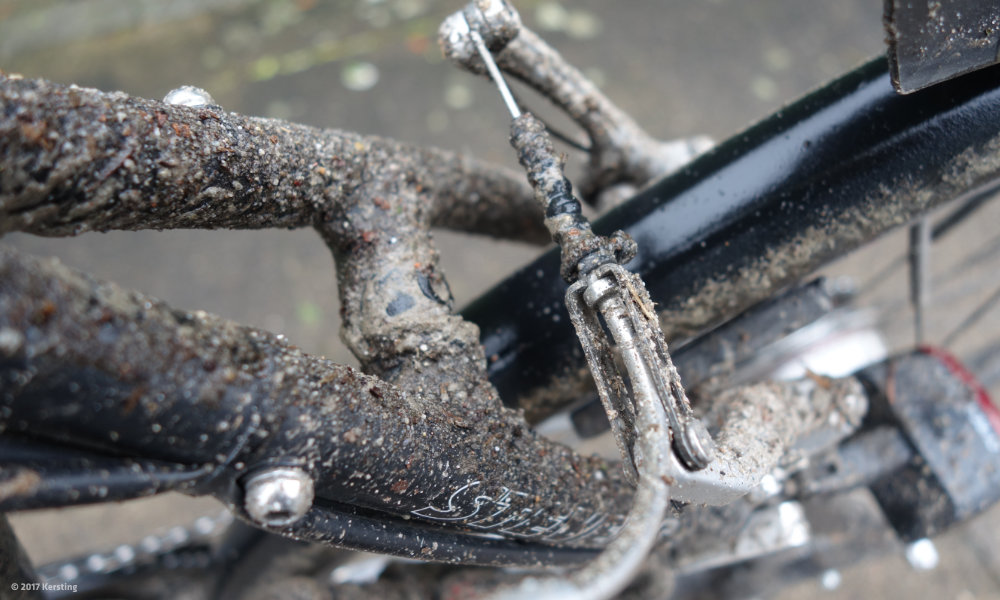 Dirty bikes protect against theft