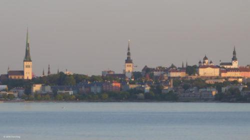 Tallinn vom Wasser aus