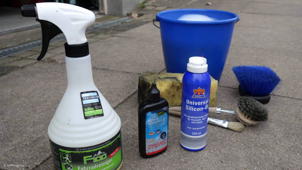 Bicycle cleaning and care products for the spring check