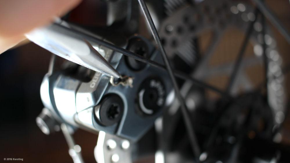 scheibenbremsbel ge am fahrrad selbst wechseln. Black Bedroom Furniture Sets. Home Design Ideas