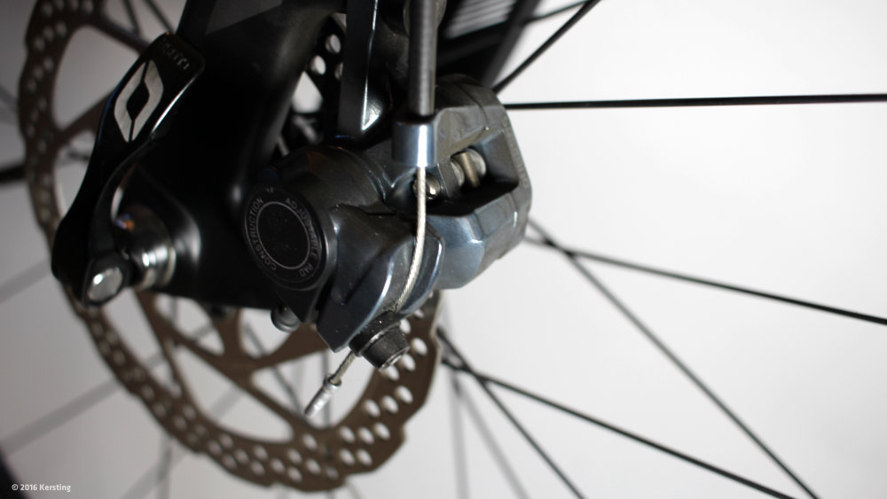 Disc brake Adjust bike and change brake pads