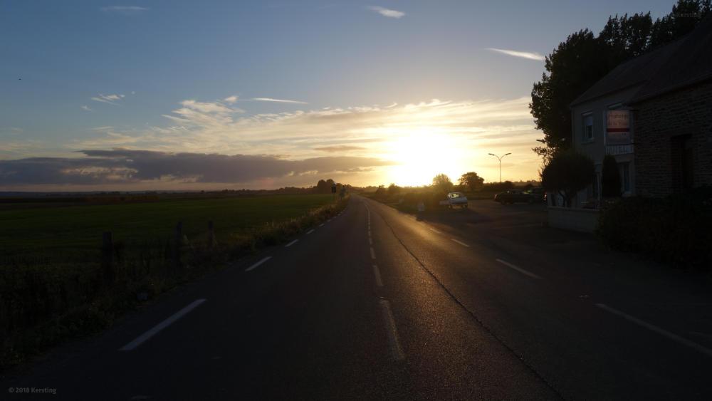 Traumhafte Straßen sind auch in der Normandie zu finden