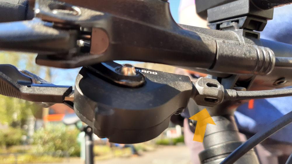 Einstellschraube Bowdenzugvorspannung an Shimano 105