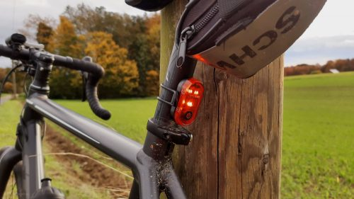 Büchel Micro Lens LED Rückleuchte am Rennrad