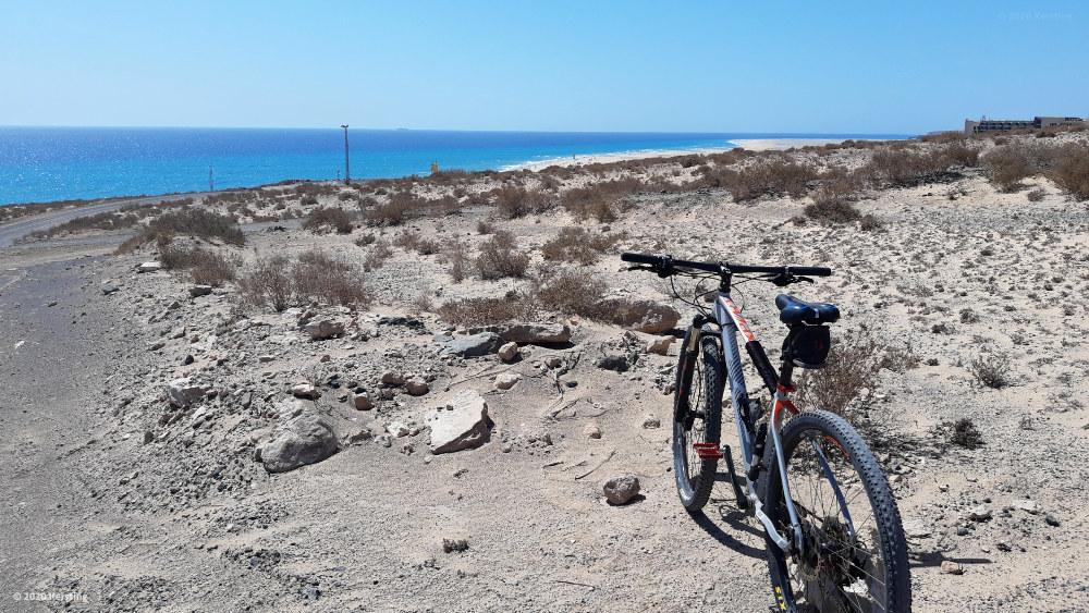 Blick auf die türkisfarbene Lagune südlich von Costa Calma nach meiner Radtour