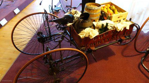 Monarch Carrier von 1885 im Fahrradmuseum in Nimwegen