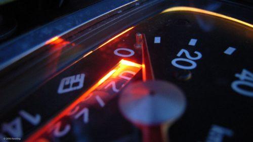 Klassischer MZ-Tacho mit LEDs beleuchtet