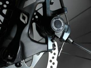 Scheibenbremsbelägeam Fahrrad wechseln